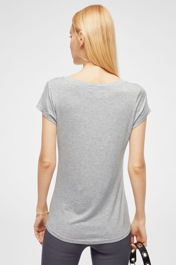 V NECK SHORT SLEEVE BASIC T-SHIRTS (324209)