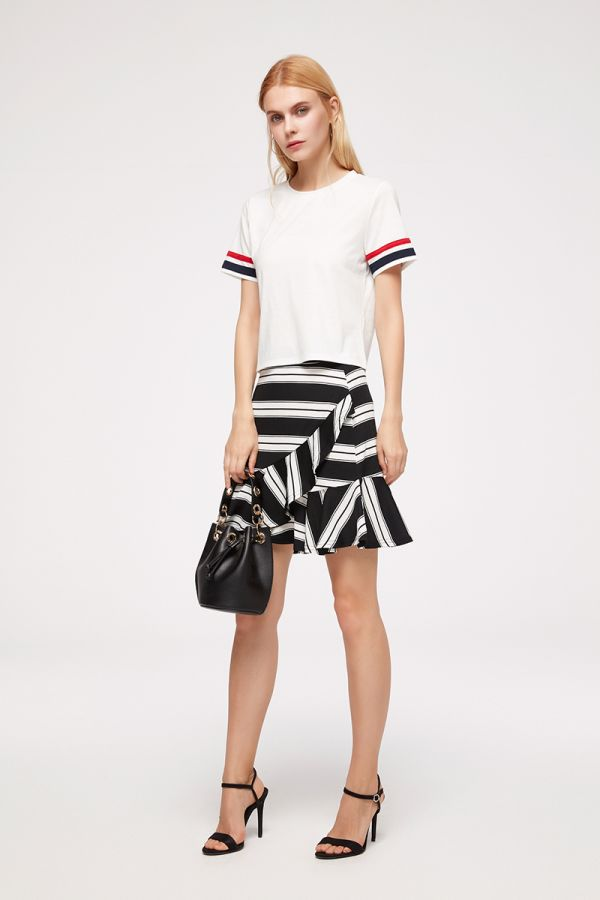 STRIPE SLEEVE CROPPED TEE (324213)