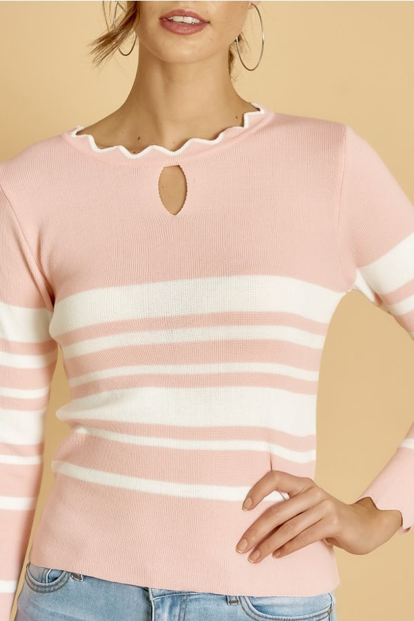 CUT OUT KNIT TOP  (324912)
