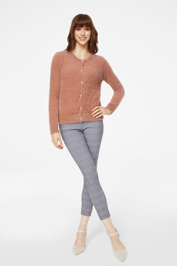 FLUFFY YARN SHORTKNIT CARDIGAN (324928)