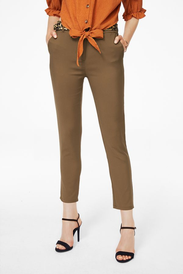 SLIM CROPPED BELTED PANTS (325003)