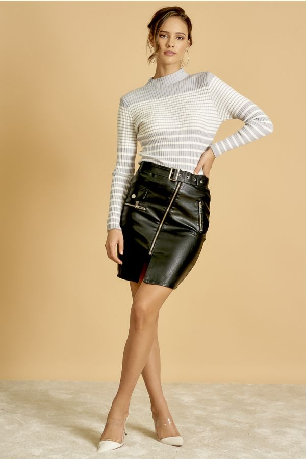 STRIPED KNIT TOP  (325091)