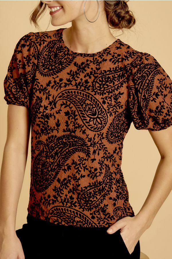 FLOCKING VOLUME SLEEVEPATTERN TOP (325542)