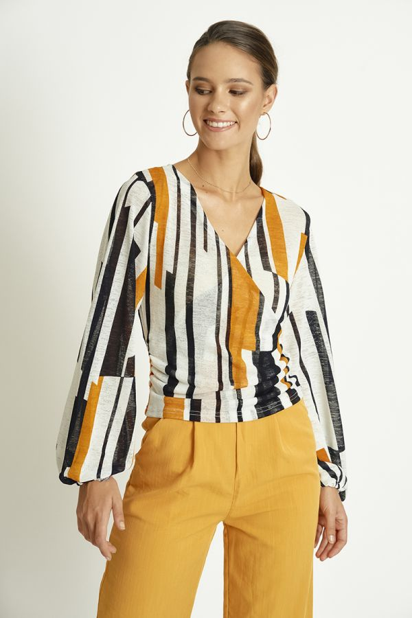 FRONT WRAP PATTERN TOP (325673)