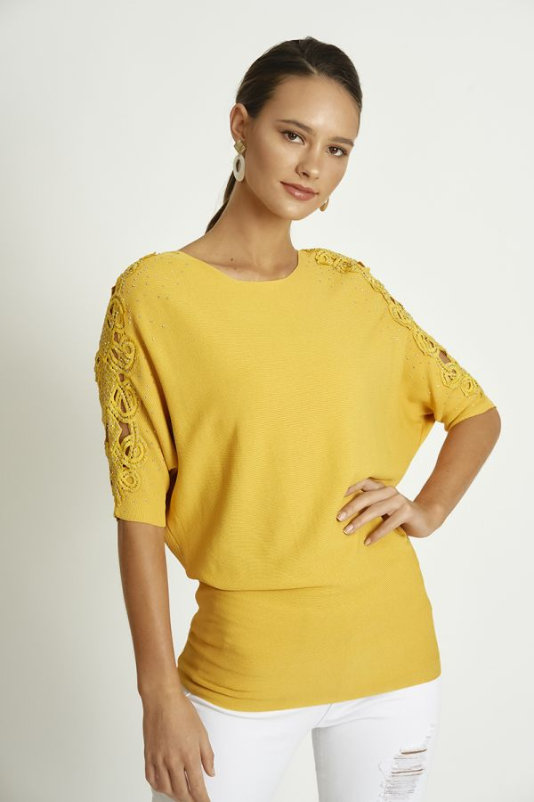 EMBELLISHED KNIT TOP (325684)