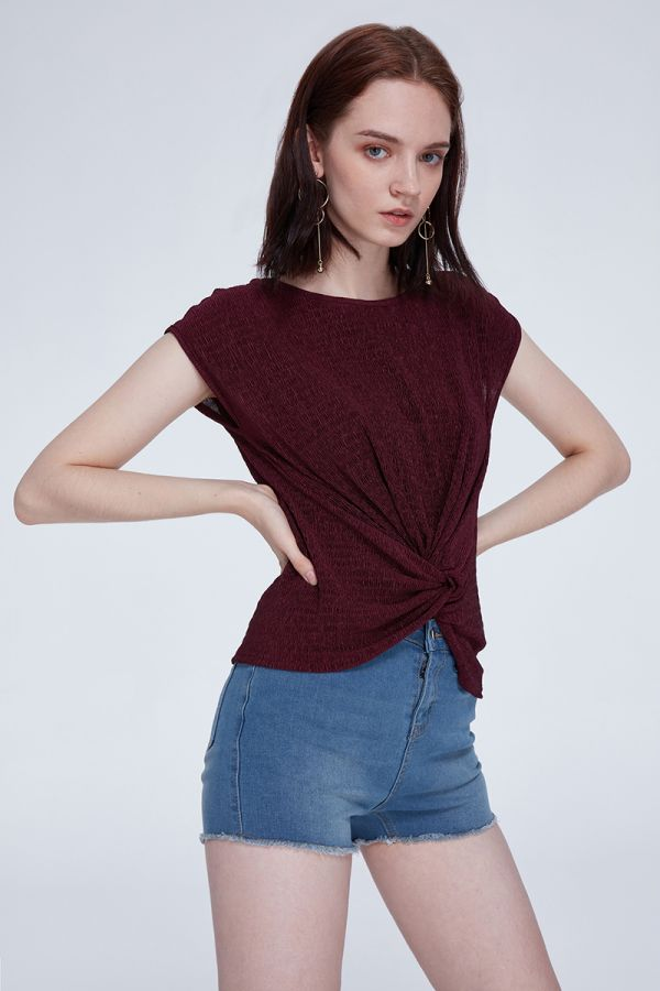 GRACE TEXTURED TOP