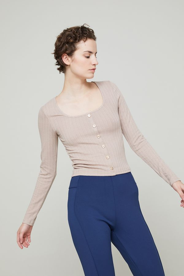ALLY SCOOP BUTTON TOP